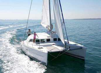 Rent a catamaran in Port Mahon - Lagoon 380
