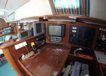 Alquilar velero Oceanis 411 en Marina el Portet de Denia, Denia