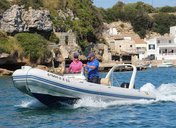 Rent a dinghy in Port Mahon - Zodiac Medline II