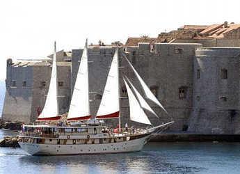 Rent a schooner in Split (ACI Marina) - Gulet 41