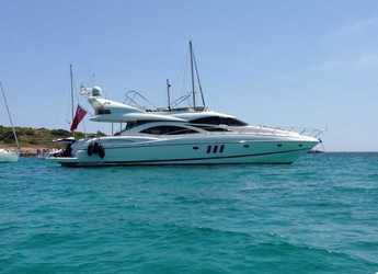 Rent a yacht in Club de Mar - Sunseeker Manhattan 74