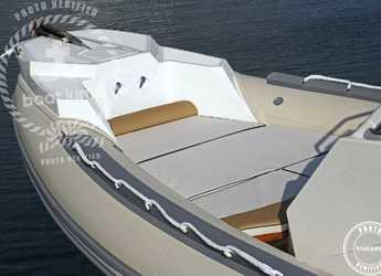 Chartern Sie motorboot Lomac 710 IN in Marina Botafoch, Ibiza (stadt)