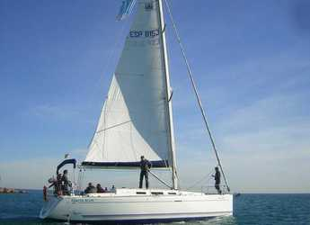 Rent a sailboat in Marina Deportiva Alicante - Dufour 40