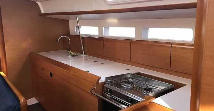 Rent a sailboat in Muelle de la lonja - Sun Odyssey 519