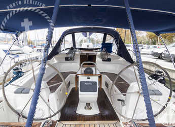 Rent a sailboat in Marina del Sur. Puerto de Las Galletas - Elan 434 Impression