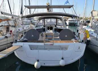 Rent a sailboat in Alimos Marina Kalamaki - Oceanis 48