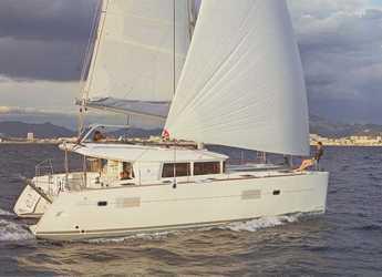 Rent a catamaran in Alimos Marina Kalamaki - Lagoon 400 S2