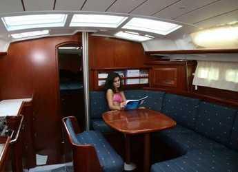 Alquilar velero Oceanis 423 en Alimos Marina Kalamaki, Atenas