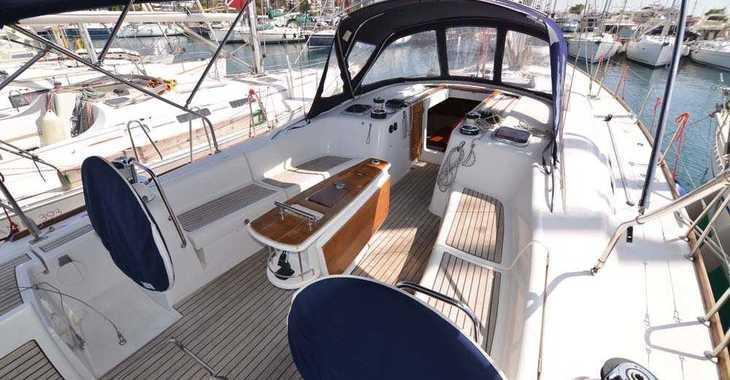Alquilar velero Oceanis 54 en Alimos Marina Kalamaki, Atenas