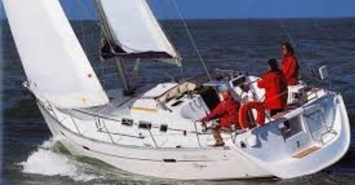 Rent a sailboat in True Blue Bay Marina - Oceanis 37