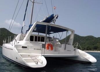 Rent a power catamaran in Blue Lagoon - Leopard 4700