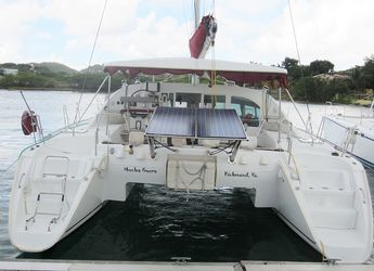 Chartern Sie katamaran in True Blue Bay Marina - Lagoon 410