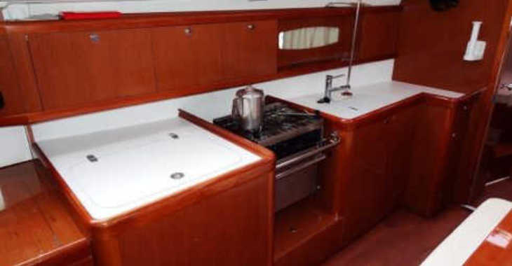 Rent a sailboat Oceanis 40 in Blue Lagoon, St Vincent and the Grenadines