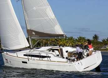 Rent a sailboat in Puerto del Rey Marina - Sun Odyssey 349