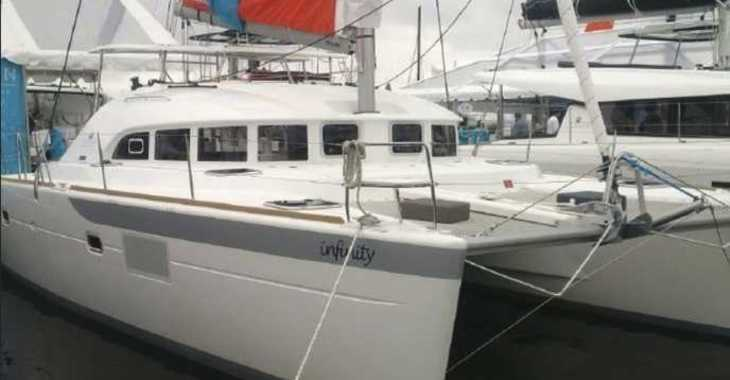 Rent a catamaran in Palm Cay Marina - Lagoon 380