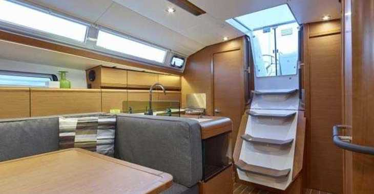 Rent a sailboat in Palm Cay Marina - Sun Odyssey 419