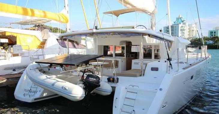 Rent a catamaran in Palm Cay Marina - Lagoon 450