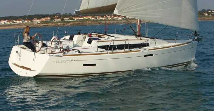 Rent a sailboat in Jolly Harbour - Sun Odyssey 379