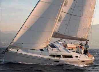Rent a sailboat in Port Mahon - Hanse 350