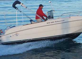 Rent a motorboat in Marina Deportiva Alicante - 600 Fisherman