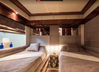 Rent a yacht Mochi Craft 85 in Marina Port de Mallorca, Palma de mallorca