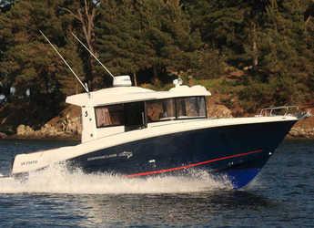 Rent a motorboat in Santander - Beneteau Barracuda 9