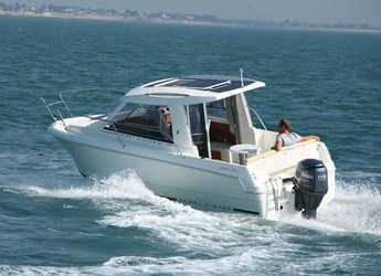 Rent a motorboat in Santander - Jeanneau Merry Fisher 645