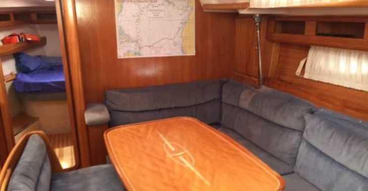 Chartern Sie segelboot in Marina Real Juan Carlos I - Bavaria 42