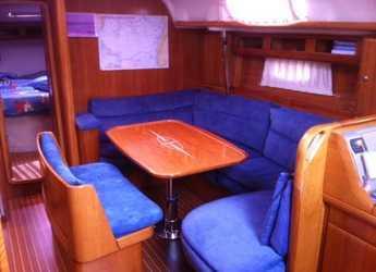 Chartern Sie segelboot Bavaria 42 in Marina Real Juan Carlos I, Valencia