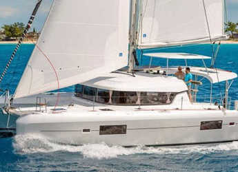 Rent a catamaran in Road Reef Marina - Lagoon 42