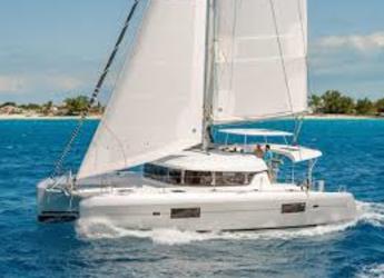 Chartern Sie katamaran in Road Reef Marina - Lagoon 42