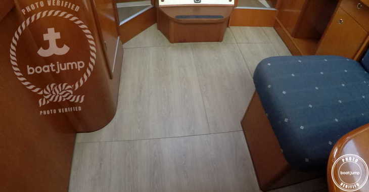 Rent a sailboat in Ibiza Magna - Oceanis 393 Clipper