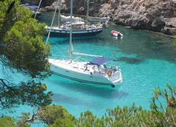 Chartern Sie segelboot in Ibiza Magna - Oceanis 393 Clipper
