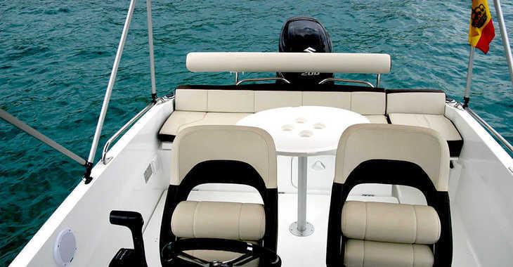 Alquilar barco a motor Beneteau Flyer 6.6 en Marina Ibiza, Ibiza (ciudad)