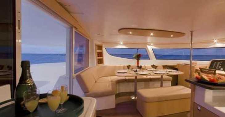 Chartern Sie katamaran in Harbour View Marina - Salina 48