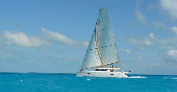 Rent a catamaran in Harbour View Marina - Salina 48