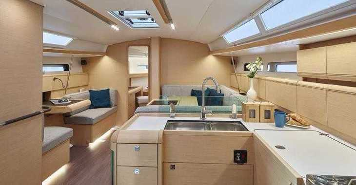 Rent a sailboat Sun Odyssey 449 in Harbour View Marina, Marsh Harbour