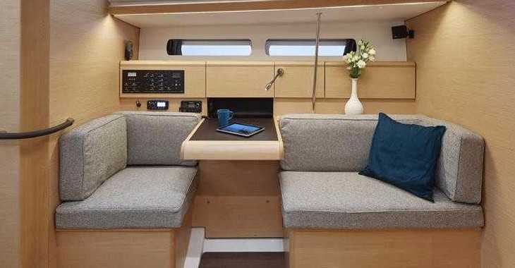 Rent a sailboat in Harbour View Marina - Sun Odyssey 449