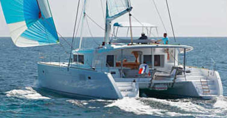 Rent a catamaran in Harbour View Marina - Lagoon 450