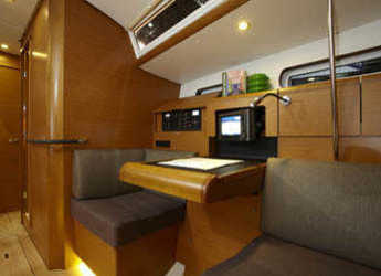 Chartern Sie segelboot Sun Odyssey 439 in Marina Kotor, Kotor