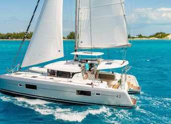 Rent a catamaran in Palm Cay Marina - Lagoon 42