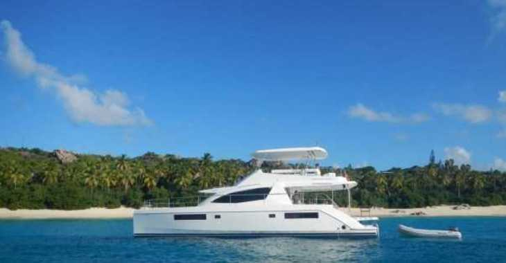 Rent a power catamaran  in Nanny Cay - 514 Power Catamarán