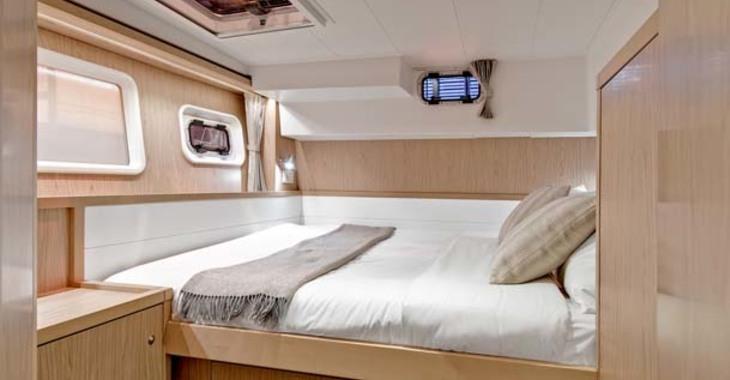 Rent a catamaran in Palm Cay Marina - Lagoon 39