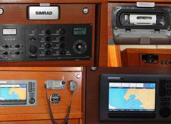 Rent a sailboat Oceanis 48 in Marina di Olbia, Olbia