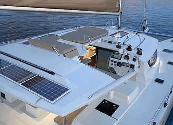 Rent a catamaran Helia 44 in Portu Valincu, Propriano