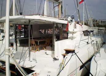 Rent a catamaran Bali 4.0 in Portu Valincu, Propriano