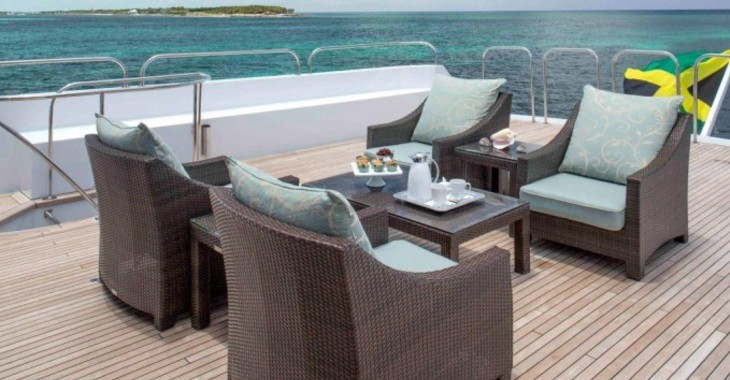 Rent a yacht in Palm Cay Marina - CHRISTENSEN SHIPYARDS