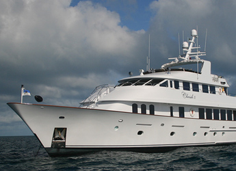 Chartern Sie yacht in Palm Cay Marina - CHRISTENSEN SHIPYARDS