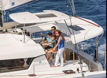 Thumb lagoon42 sailing1 600