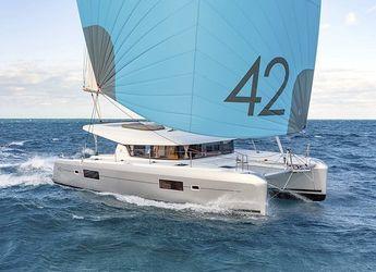 Thumb lagoon42 sailing 600